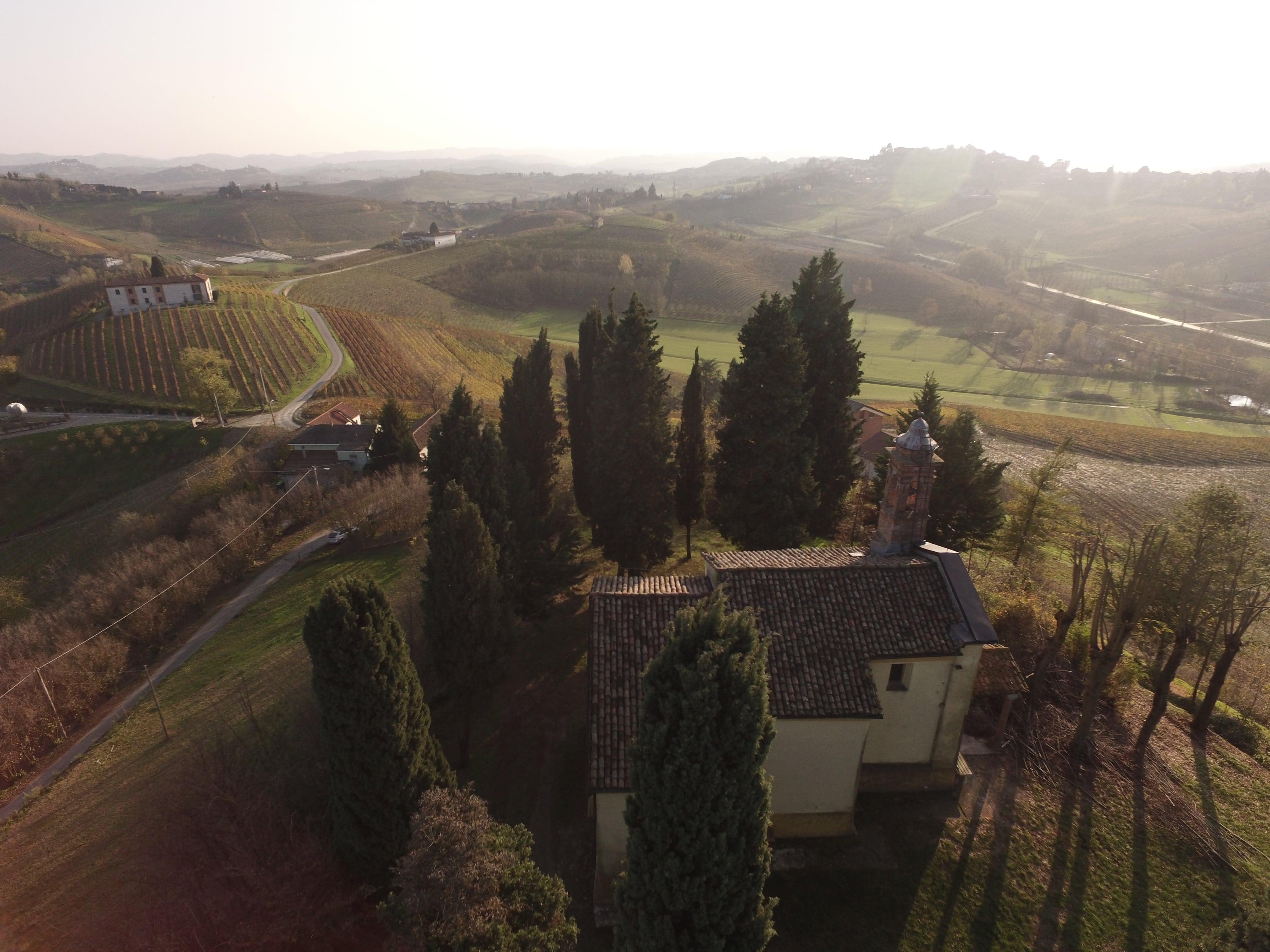 Chiesa Campestre dell'Annunciazione, Frazione Molisso, Agliano Terme (AT) Core Zone Unesco -SAPR-