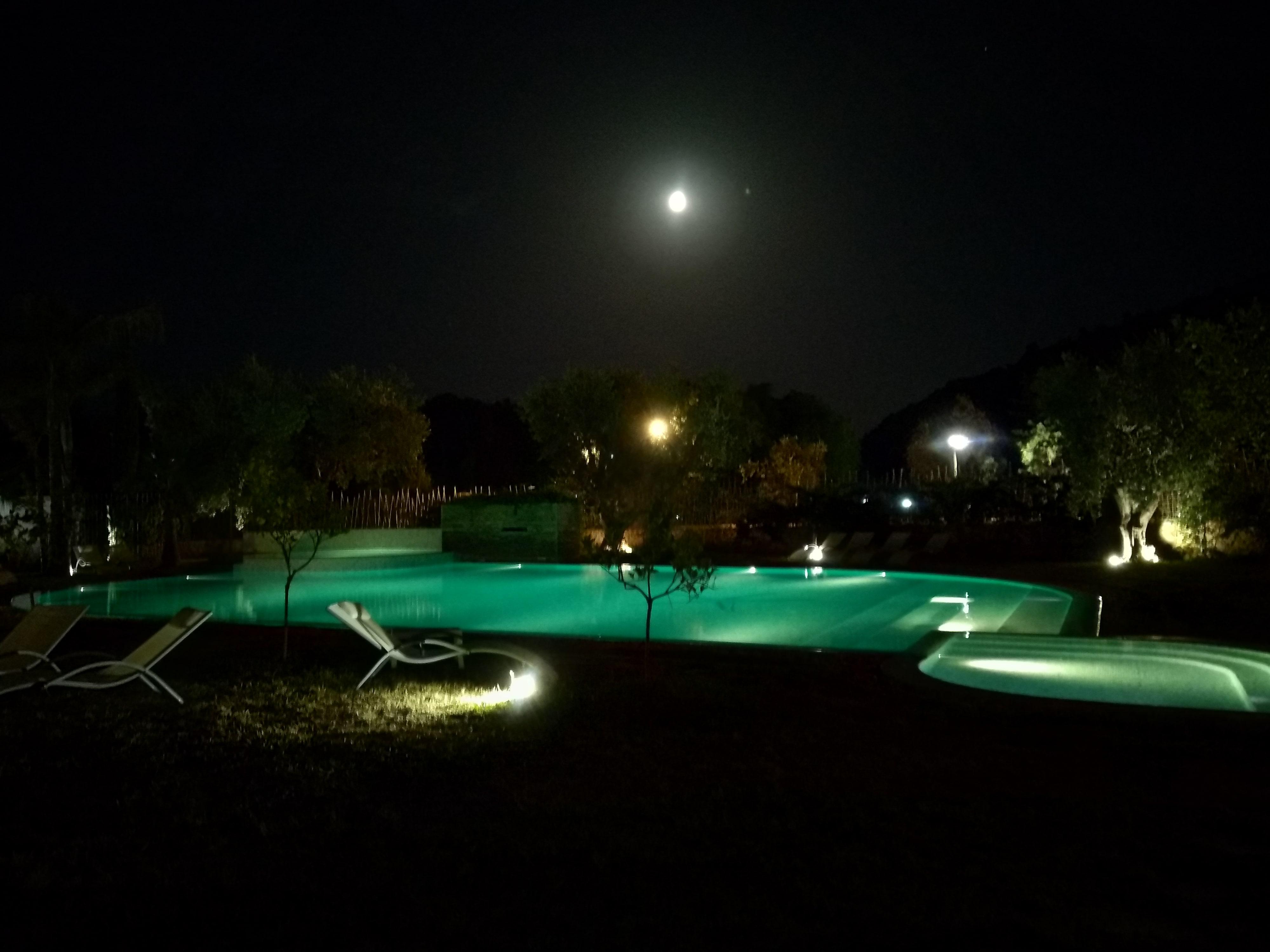 Piscina e area verde Resort Torre Santamaria, Mattinata Puglia -SAPR-