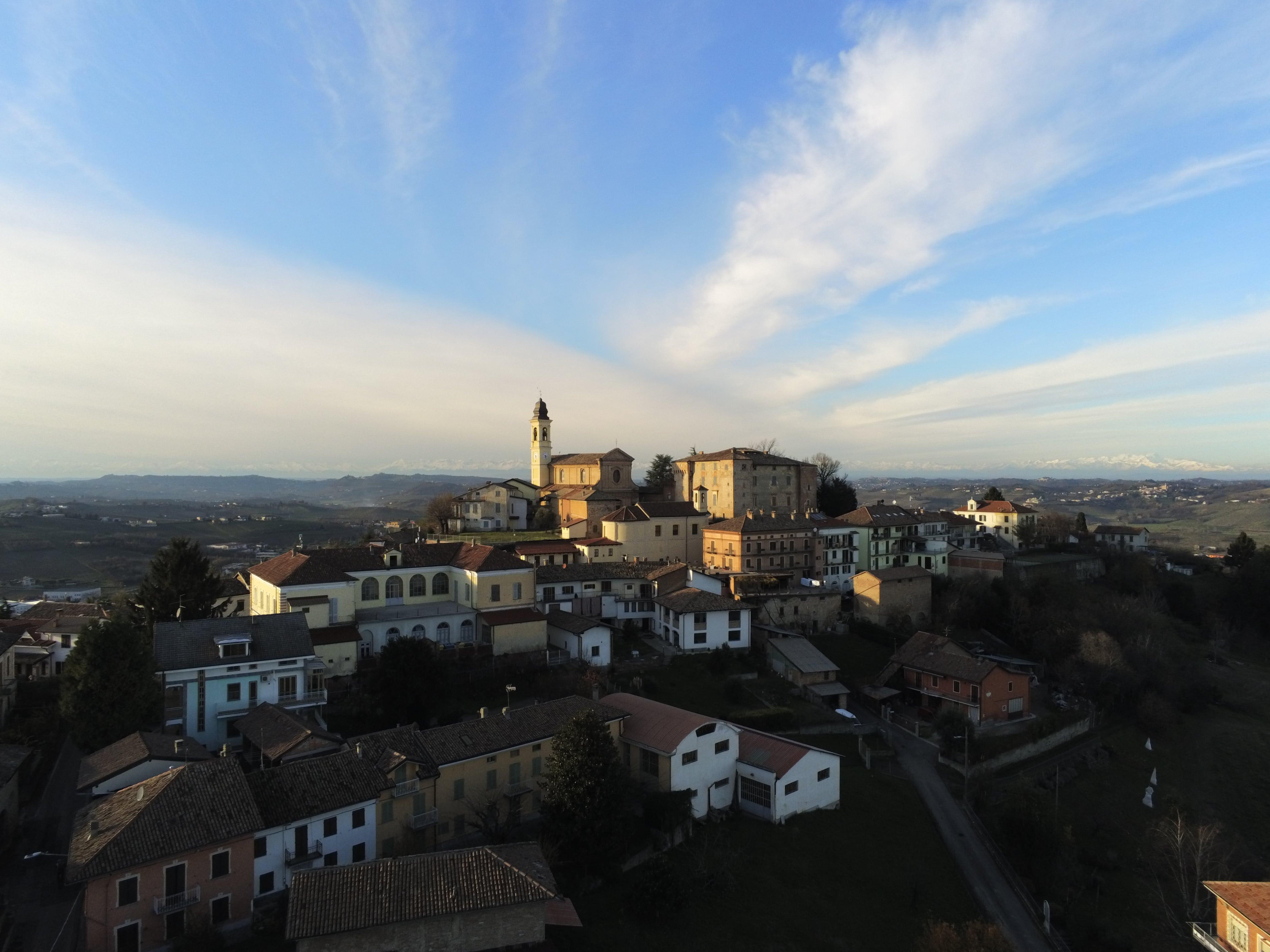 PAVIMENTAZIONE IN PIETRA SU VIABILITÀ CONCENTRICO, San Marzano Oliveto (AT)