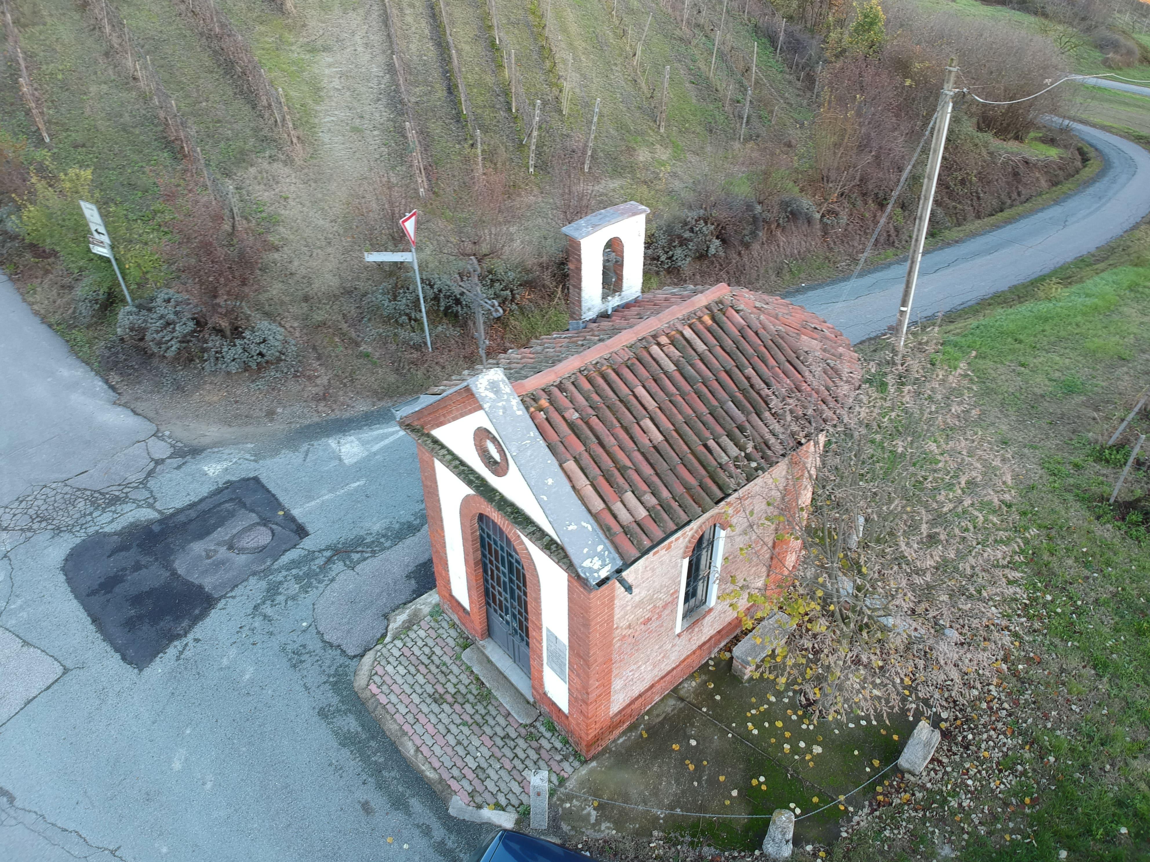 """""""Chiesa Campestre Cappella di San Giorgio"""" UNESCO Montegrosso -SAPR-"""
